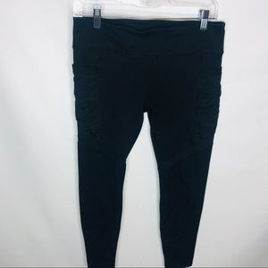Fabletics black mesh pocket leggings sz M